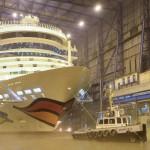 Hier sieht man die AIDAstella noch in ihrer Heimatwerft der Meyer Werft in Papenburg