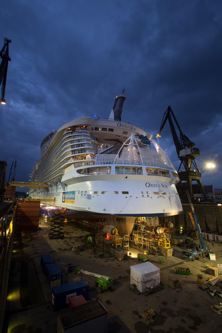 Die Oasis of the Seas im Drockendock von Rotterdam / Foto: Royal Caribbean International
